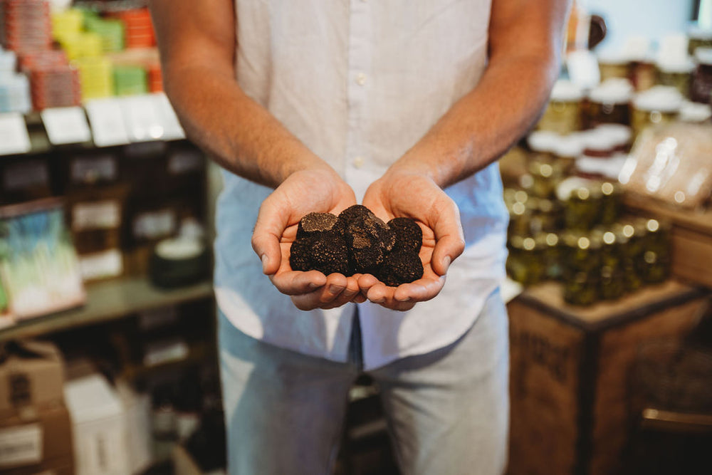 Seasonal Guide to Buying Truffles