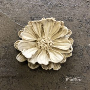 WoodUbend - Medium Petalled Flower #1117