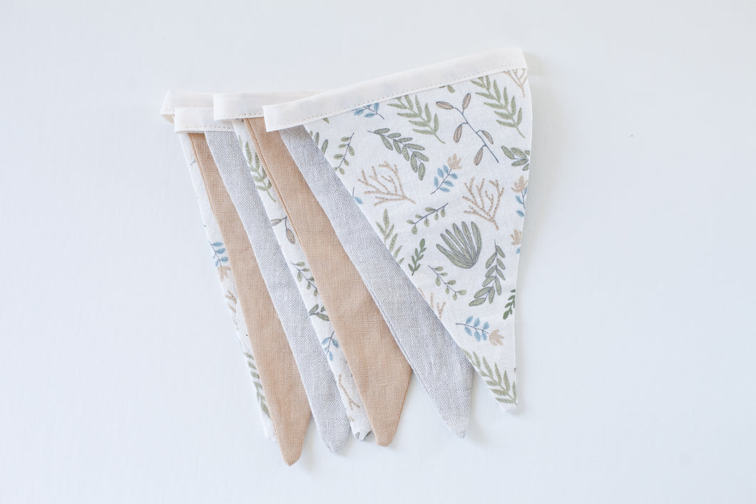 Linen Bunting - Leaves Memory,  Golden Tan, Country Linen