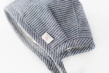 Load image into Gallery viewer, Made To Order - Linen Bonnet - warm flannel lining