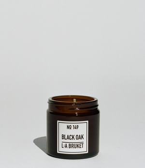 Scented Candle with Black Oak