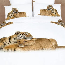 Dolce Mela DM483Q Devotion Duvet Cover Bedding Set, Queen, Safari Themed