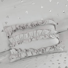 Intelligent Design Zoey Duvet Cover Triangle Metallic Print Brushed Reverse Ultra-Soft All Season Embroidered and Ruffle Pillows Button Closure Corner Ties Bedding-Set, King/Cal King