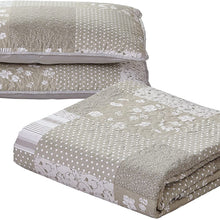 SLPR Silent Reverie 2-Piece Bedding Quilt Set - Twin with 1 Sham | Country Lightweight Quilted Bedspread