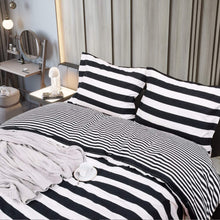 NTBAY 3 Pieces Duvet Cover Set Black and White Stripe Printed Microfiber Reversible Design(Full/Queen