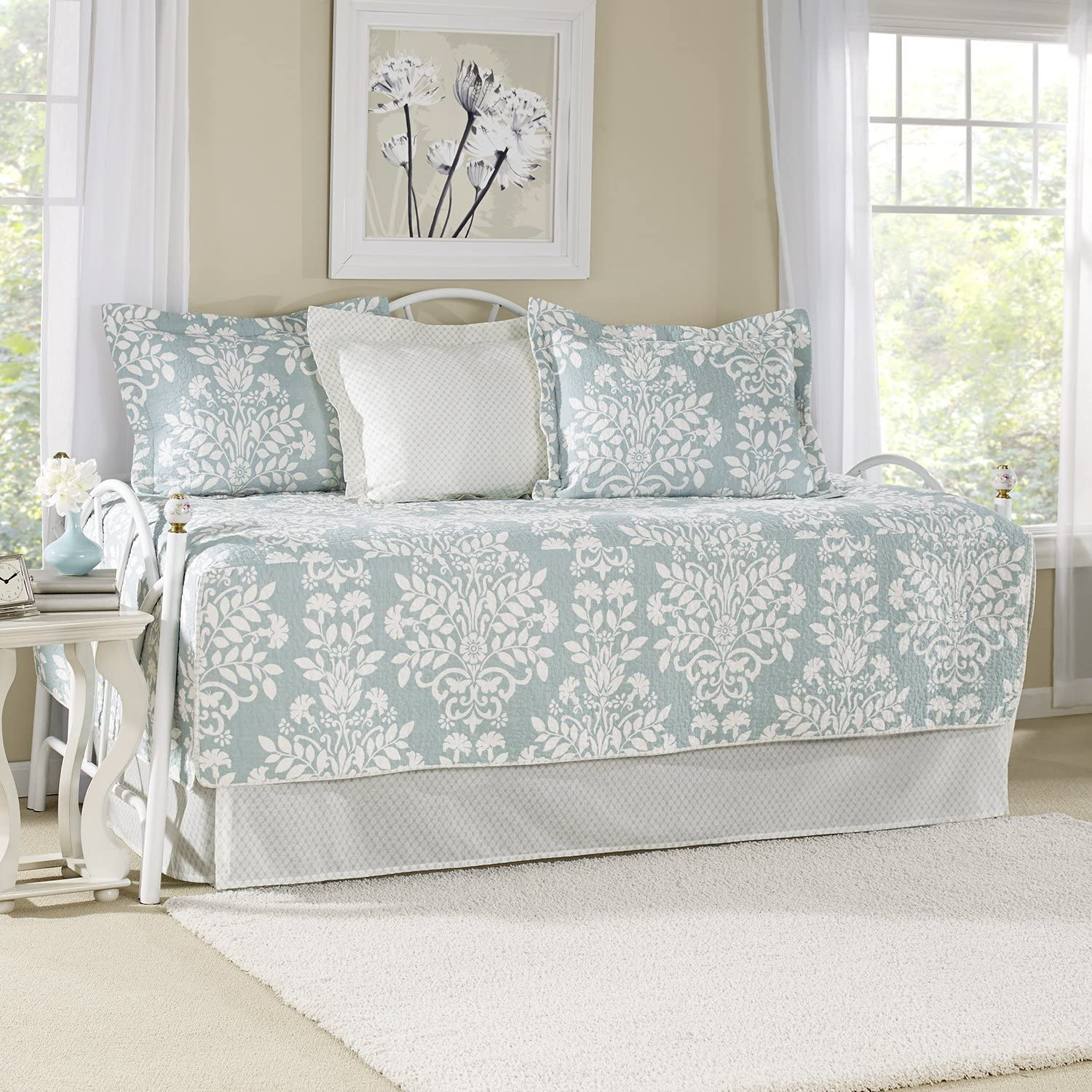 Laura Ashley | Rowland Collection | Premium Quality Ultra Soft Daybed Coverlet, Lightweight Comfortable Bedding Set, Stylish Design for Home Décor, Twin, Breeze Blue