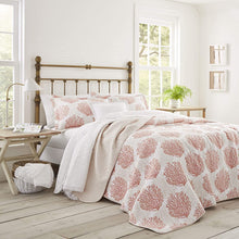 Laura Ashley Home Coral Coast Collection Luxury Premium Ultra Soft Quilt Coverlet, Comfortable 3 Piece Bedding Set, All Season Stylish Bedspread
