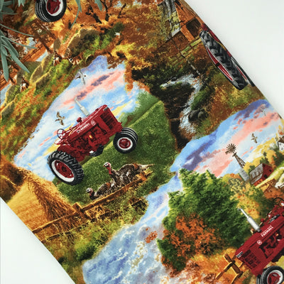 HUGGY PILLOW - Farmall Country Scene