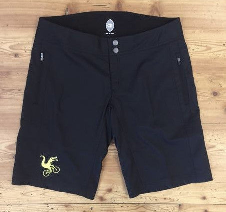 WOMEN'S MOUNTAIN SHORT