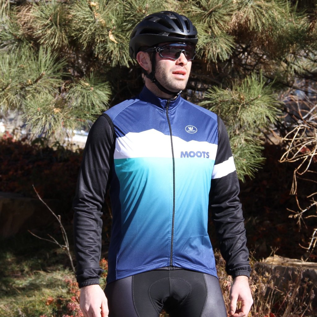 CLOSEOUT MEN'S STORM PEAK WIND VEST