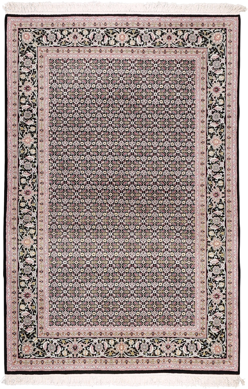Siperso Wool Rug 4'1''x6'2''