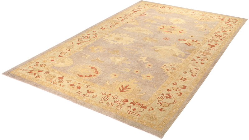 Ushak Collection Rug 5'8''x9'3''
