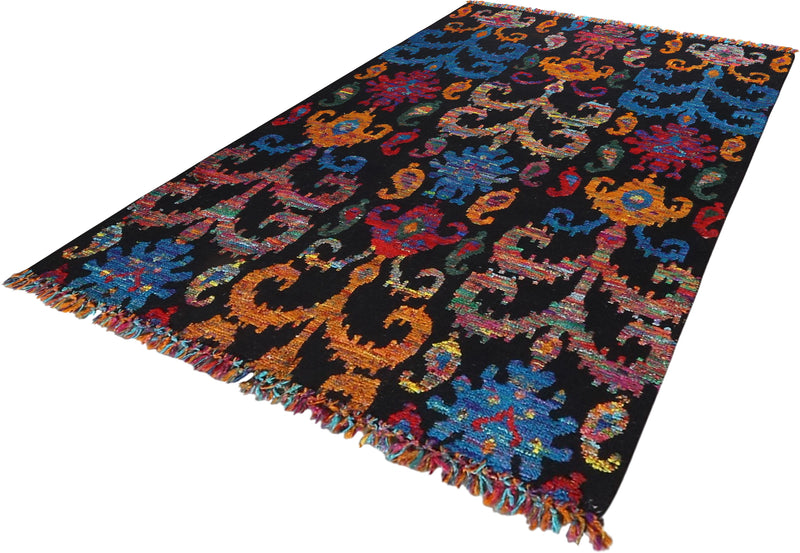 Ikhat Collection Rug 5'0''x8'0''