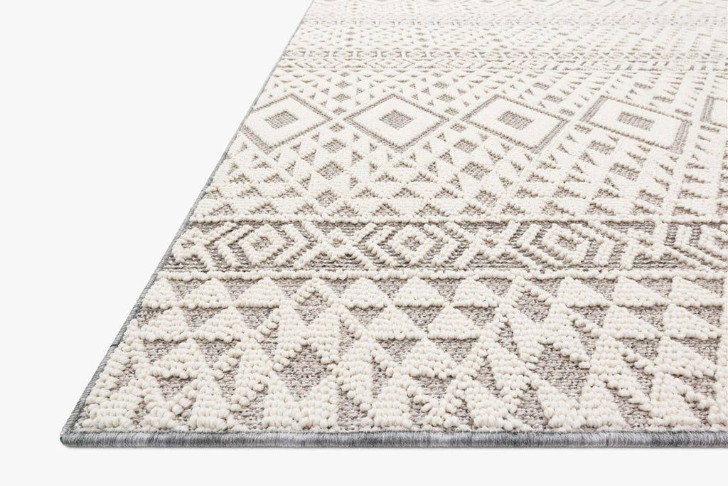 COLE Collection Rug in SILVER / IVORY