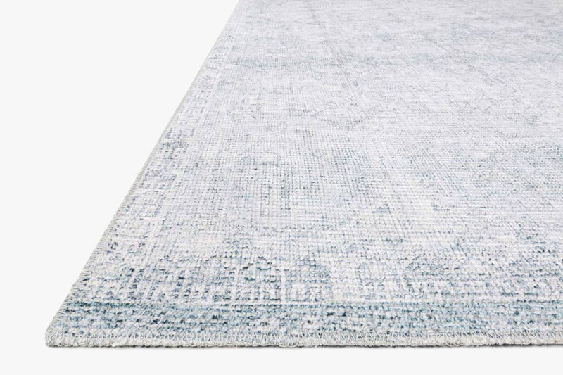 Deven Collection Rug in FROST