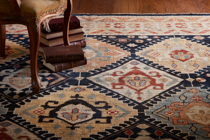 HEIRLOOM Collection Rug  in  NAVY / MULTI Blue Accent Hand-Knotted Viscose