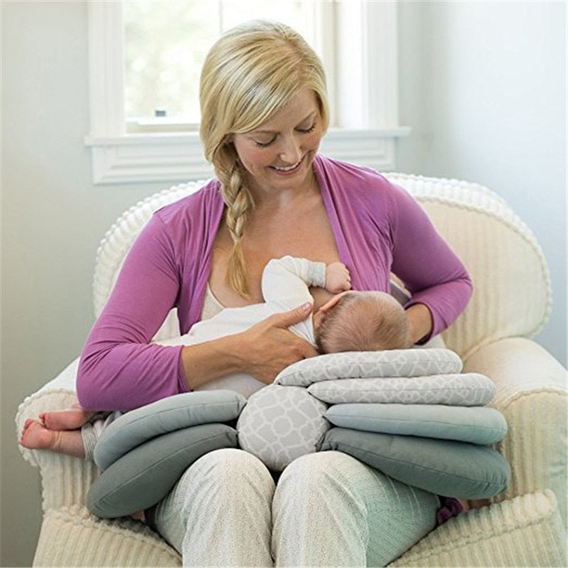 Nursing pillow use