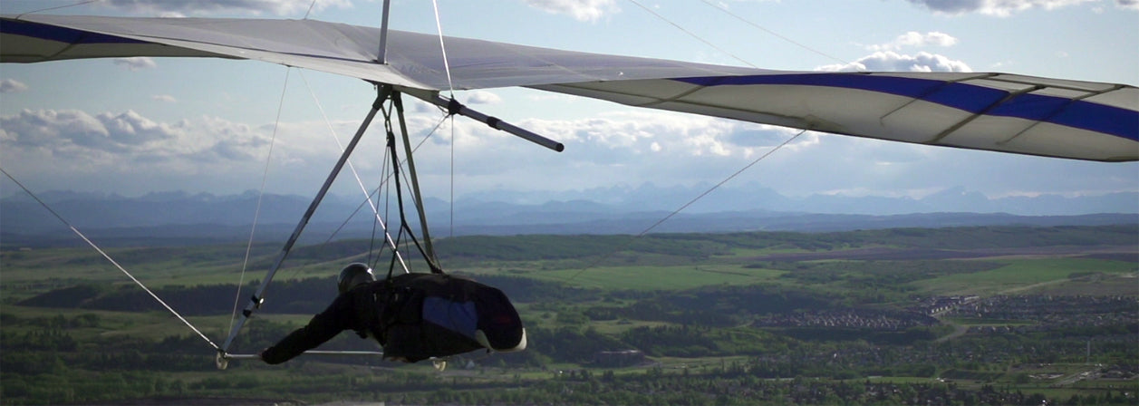 Paragliding and Hang Gliding Lessons – Muller Windsports