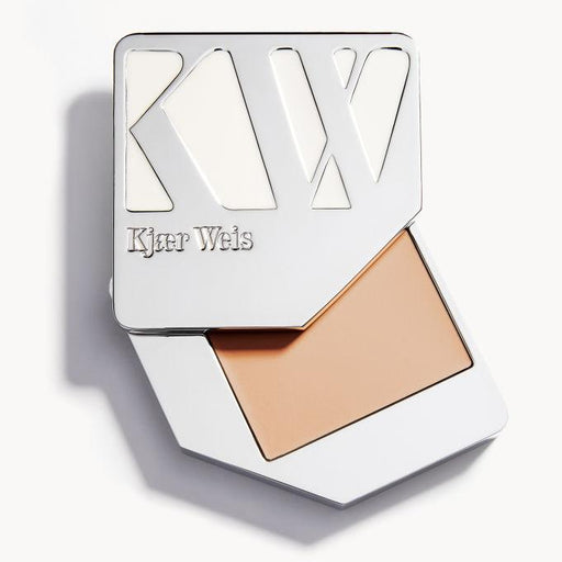 Cream Foundation - Weightless - Kjaer Weis | FABLAB AB