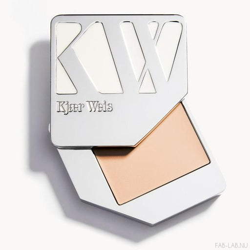 Cream Foundation - Lightness - Kjaer Weis | FABLAB AB