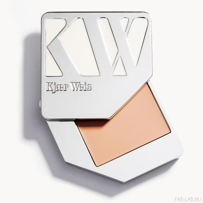 Cream Foundation - Like Porcelain - Kjaer Weis | FABLAB AB
