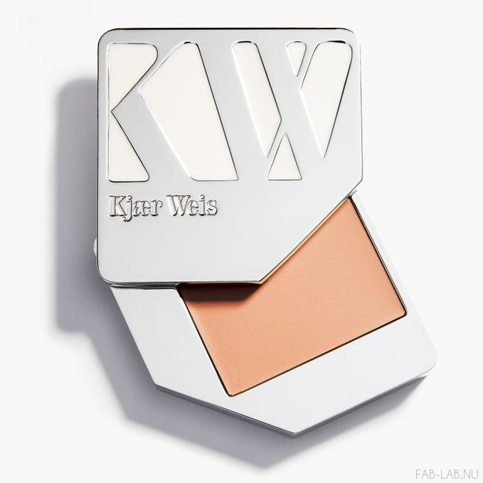 Cream Foundation - Paper Thin - Kjaer Weis