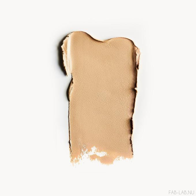 Cream Foundation - Silken - Kjaer Weis