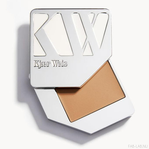 Cream Foundation - Just Sheer - Kjaer Weis | FABLAB AB