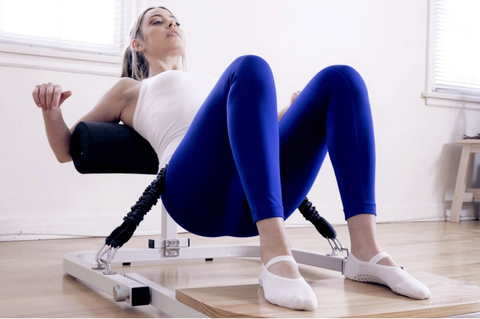 Booty builder Hip Thrust Machine with Resistance Bands and Sleeve