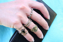 Laden Sie das Bild in den Galerie-Viewer, Bohemian Ring Set Antik-Optik - Golden