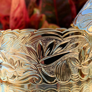 32MM Hawaiian Scroll Heirloom style Flower Bangle with Bird of Paradise in Gold Plating.
