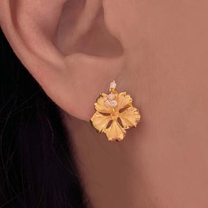 Hawaiian Hibiscus Earring Set in 14K gold plate over .925 sterling silver.
