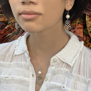 Pineapple Pearl Tricolor Necklace showing white pearl with matching set of pendant and earrings.