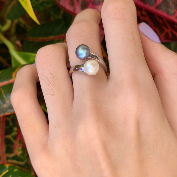 2 Pearl Yin Yang Adjustable Ring