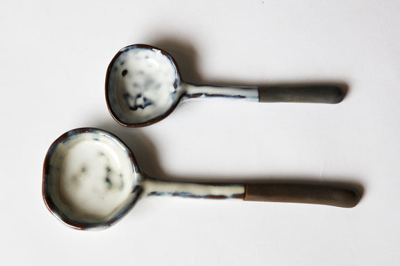 Flint Bisque Spoons [2] - Dark Clay/White