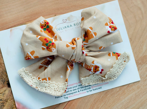 Ginger Bread Bow