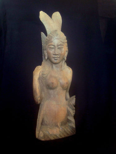 W 07 10 Old Balinese mermaid (ikan duyung) carving