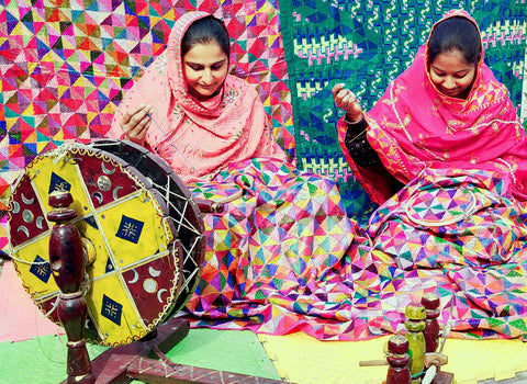 Making Phulkari