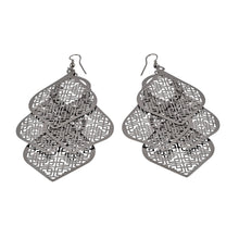 Load image into Gallery viewer, Chandelier Cutout Spades Dangle Women Earrings