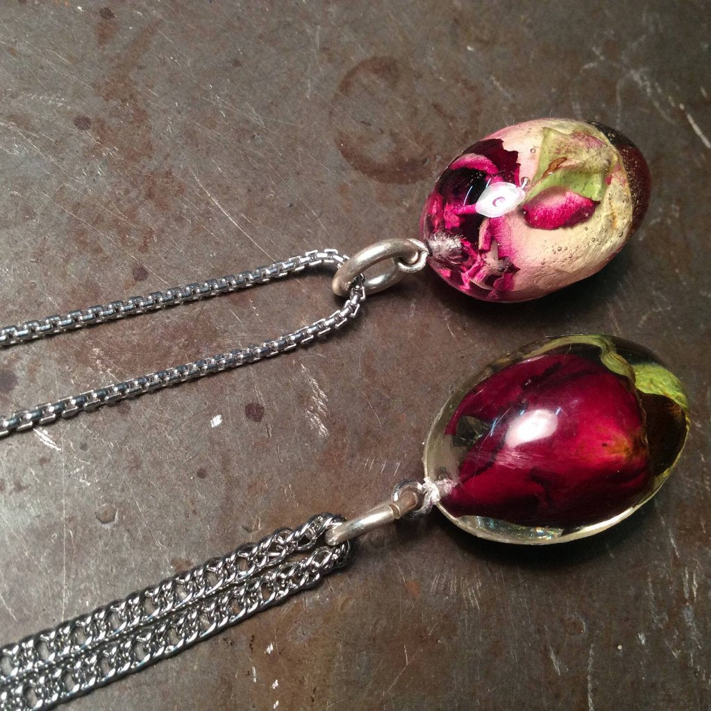 Red & White Rose Egg Necklace