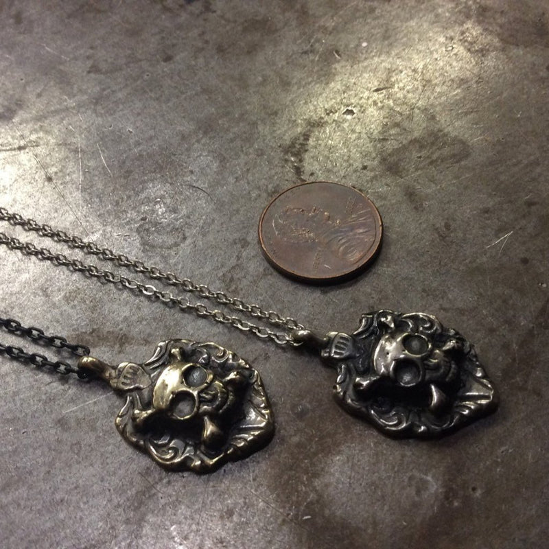 Skull & Crossbones Necklace - Heyltje Rose Shop