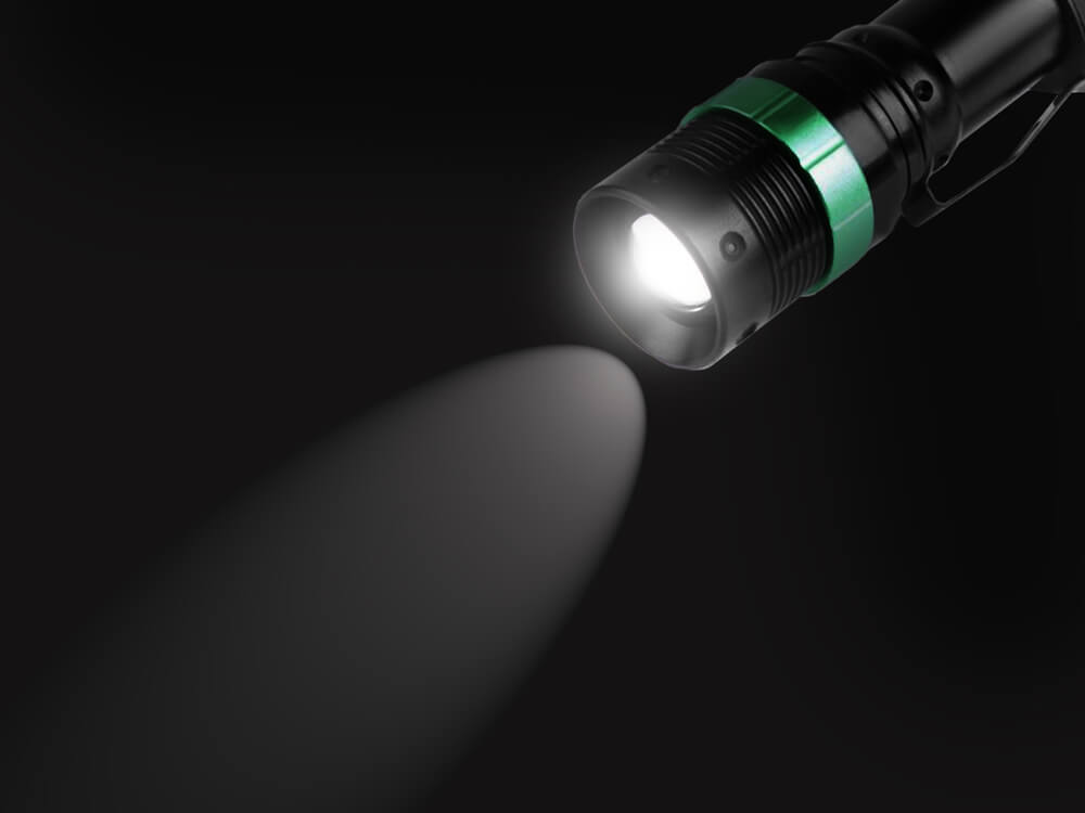 Q5 LED Flashlight 350 Lumens XML