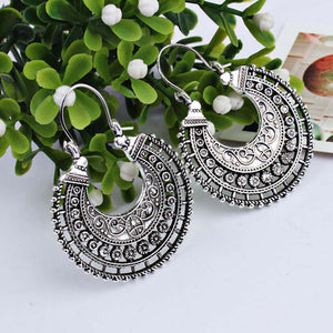 Women Earrings Metal Braided Cord U-shaped Basket Earrings