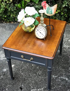 (SOLD) Gorgeous Vintage High-End Henredon Side/End Table in Excellent Condition!! 21W 22H 23D