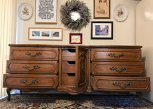 Load image into Gallery viewer, (SOLD) Gorgeous Vintage High-End Thomasville Large French Country Dresser/Media/Buffet/Entryway with Beautiful Details and Hardware!! 78X31X21