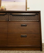 Load image into Gallery viewer, Gorgeous Vintage Mid Century Modern Dresser/Media/Entryway/Console/Buffet/Sofa Table in Superb Condition. Perfect MCM for Minimalist and MCM Lover!!!