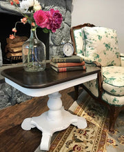 Load image into Gallery viewer, (SOLD) GORGEOUS Vintage Heirloom Set of End/Side/Nightstand Tables in Excellent Condition!! 27W 21H 19D