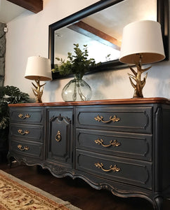 (SOLD) Gorgeous High-End Vintage Thomasville Camille French Country Dresser and Set of 2 Nighstands with Beautiful Details and Hardware!!! BEAUTIES!!!