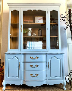 (SOLD) Gorgeous Vintage French Country Display Cabinet/China/Storage/Bookshelf with Beautiful Details and Hardware!!