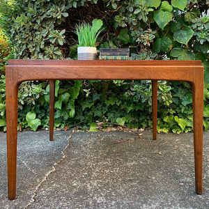 (SOLD) Simply BEAUTIFUL MID CENTURY MODERN Lane Cocktail-Side-Coffe Table. Perfect piece for Minimalist and Wood Lover!!